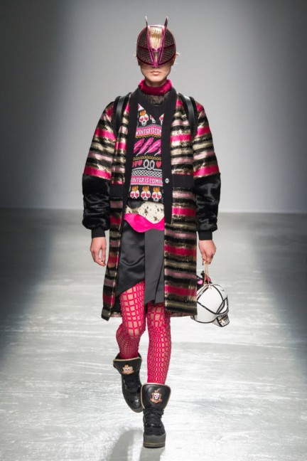 manish_arora_winter_2015-16_128