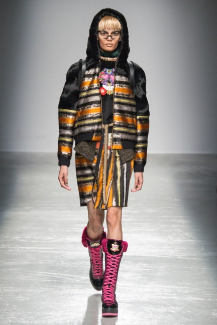 manish_arora_winter_2015-16_133