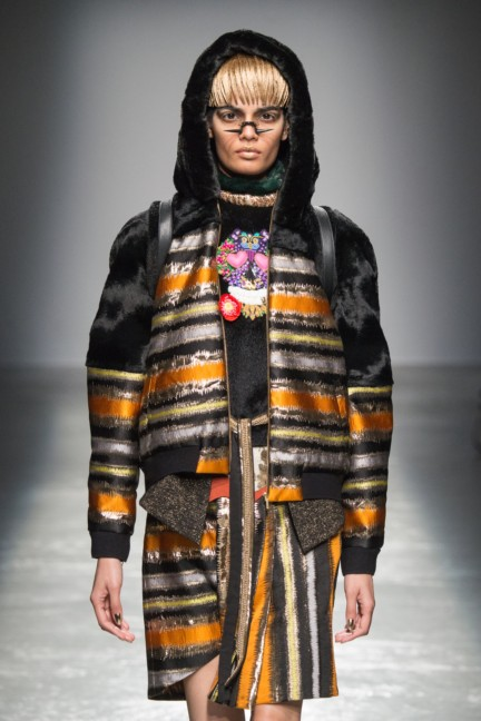 manish_arora_winter_2015-16_136