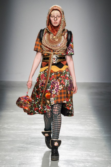 manish_arora_winter_2015-16_147
