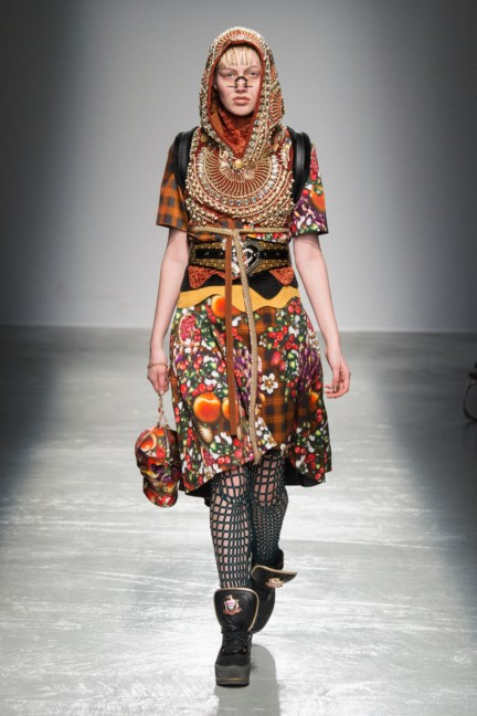 manish_arora_winter_2015-16_148