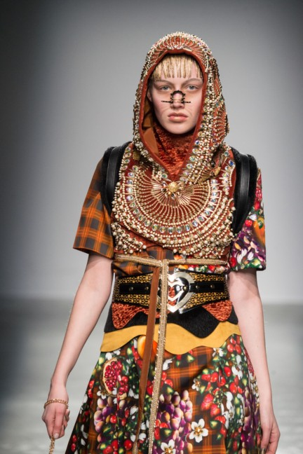 manish_arora_winter_2015-16_151