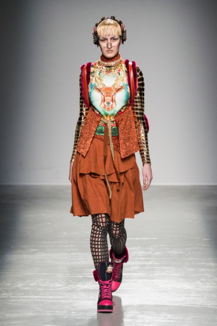 manish_arora_winter_2015-16_156