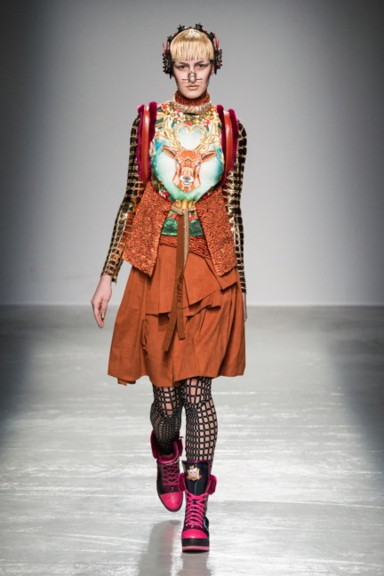 manish_arora_winter_2015-16_157