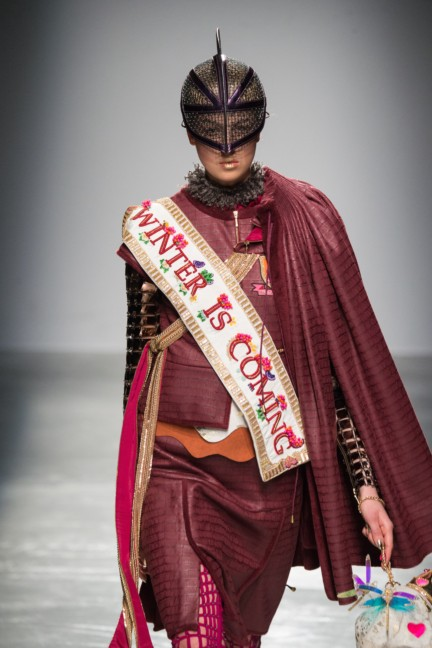 manish_arora_winter_2015-16_166