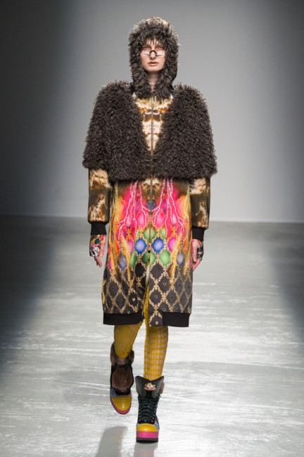 manish_arora_winter_2015-16_169