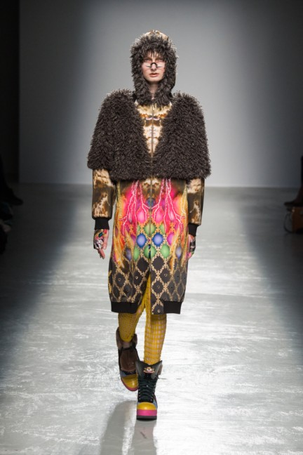 manish_arora_winter_2015-16_170