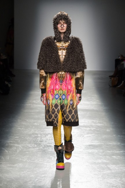 manish_arora_winter_2015-16_171