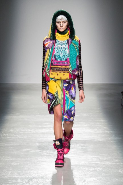 manish_arora_winter_2015-16_196