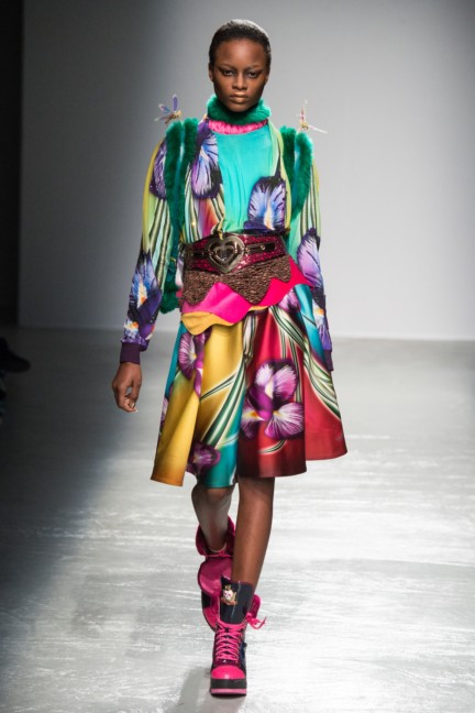 manish_arora_winter_2015-16_211