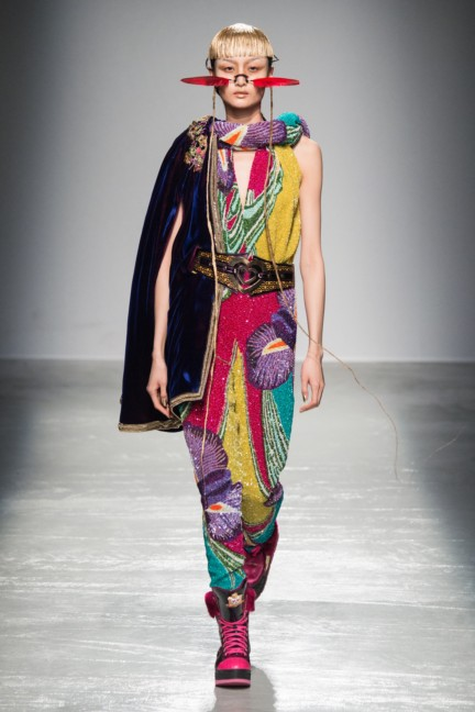 manish_arora_winter_2015-16_215