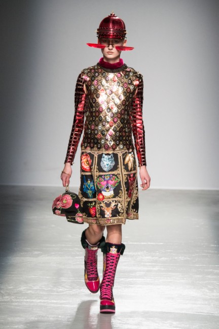 manish_arora_winter_2015-16_234
