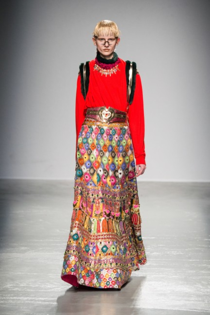 manish_arora_winter_2015-16_241