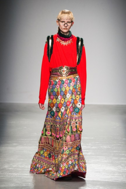 manish_arora_winter_2015-16_242