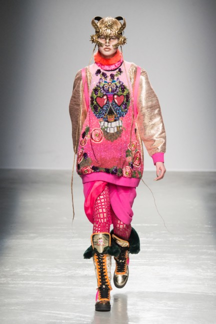manish_arora_winter_2015-16_246