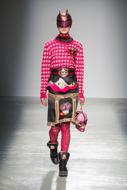 manish_arora_winter_2015-16_251