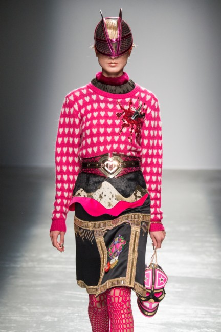 manish_arora_winter_2015-16_252