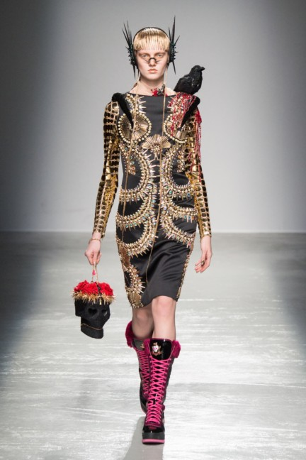 manish_arora_winter_2015-16_256