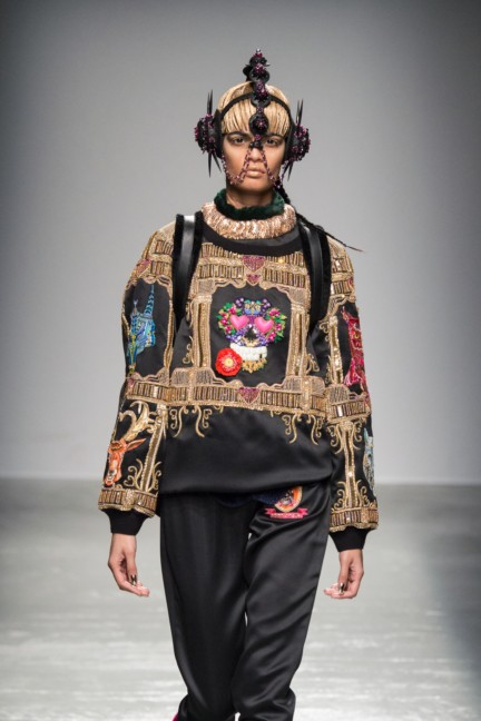 manish_arora_winter_2015-16_270