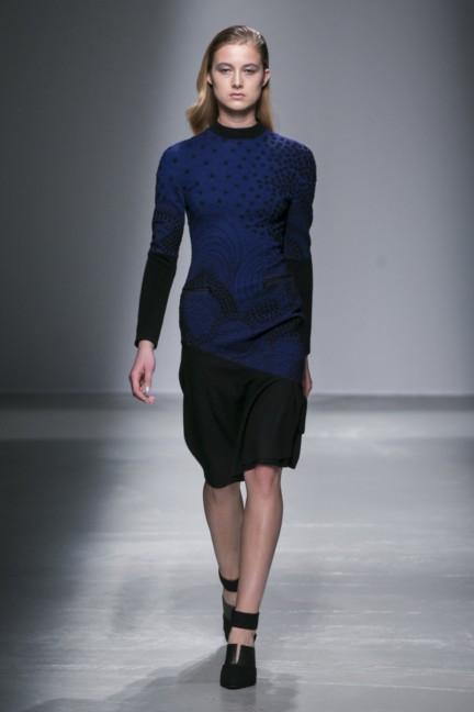 rahul-mishra-paris-fashion-week-autumn-winter-2015-25