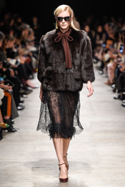 rochas_winter_2015-16_look_006