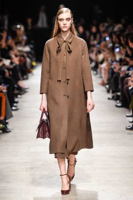 rochas_winter_2015-16_look_007