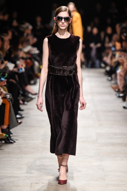 rochas_winter_2015-16_look_010