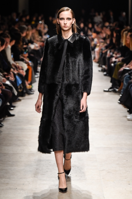 rochas_winter_2015-16_look_024