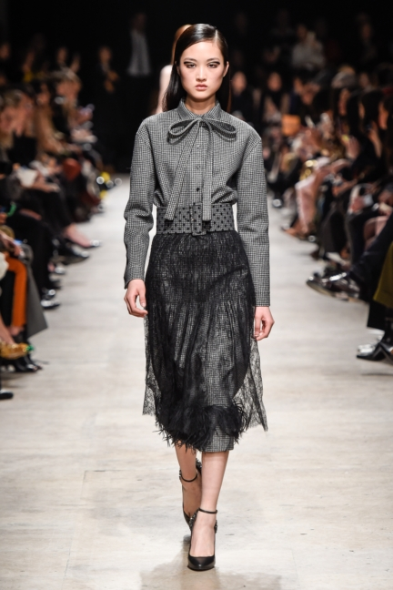 rochas_winter_2015-16_look_028