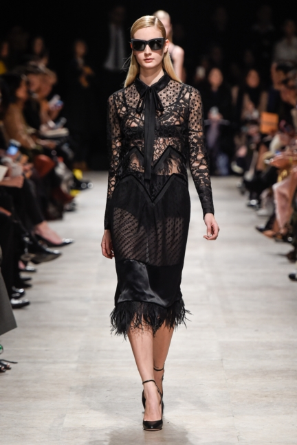 rochas_winter_2015-16_look_030