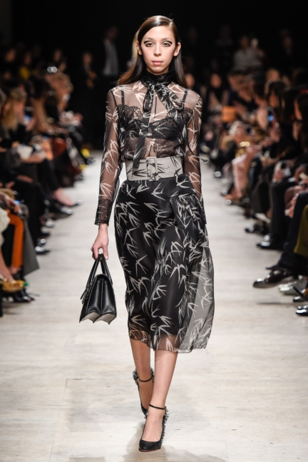 rochas_winter_2015-16_look_032