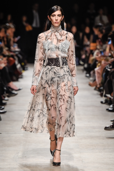 rochas_winter_2015-16_look_034