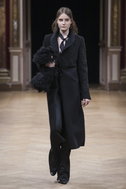 sharon-wauchob-rtw-fw14-paris-8212