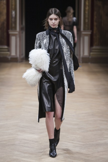 sharon-wauchob-rtw-fw14-paris-8242