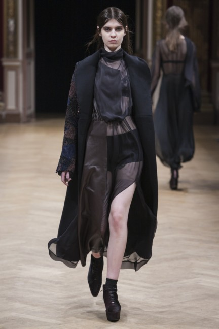 sharon-wauchob-rtw-fw14-paris-8273