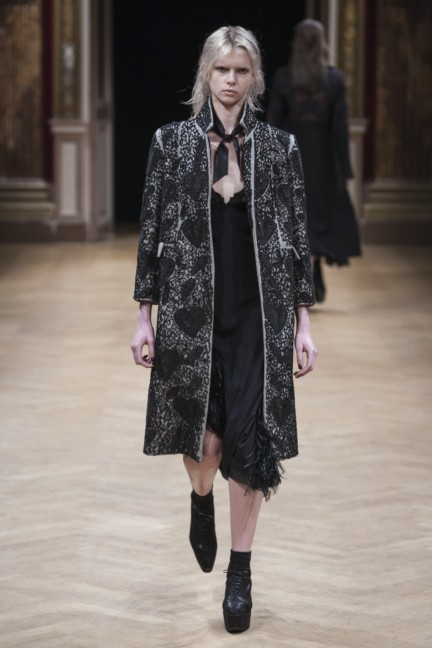 sharon-wauchob-rtw-fw14-paris-8283