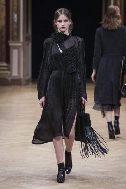 sharon-wauchob-rtw-fw14-paris-8314