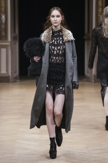 sharon-wauchob-rtw-fw14-paris-8359