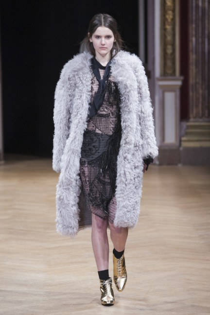 sharon-wauchob-rtw-fw14-paris-8369