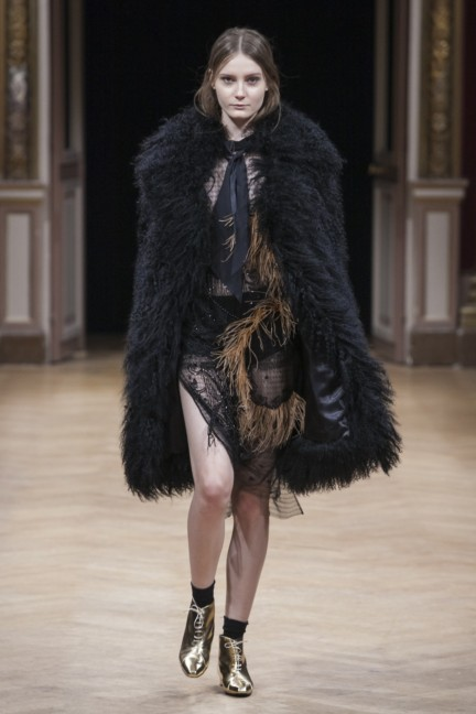 sharon-wauchob-rtw-fw14-paris-8392