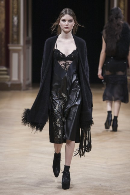 sharon-wauchob-rtw-fw14-paris-8414