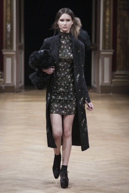 sharon-wauchob-rtw-fw14-paris-8445