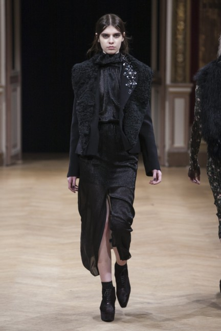 sharon-wauchob-rtw-fw14-paris-8465