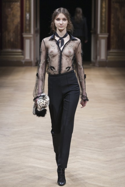 sharon-wauchob-rtw-fw14-paris-8480
