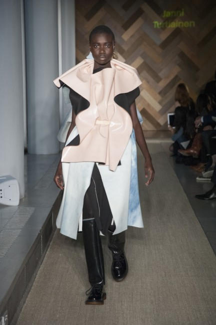 janni-turtiainen-royal-college-of-art-2014-womenswear
