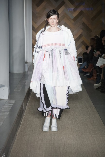 janni-vepsalainen-royal-college-of-art-2014-womenswear