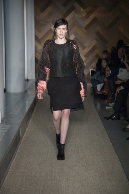 katherine-roberts-wood-royal-college-of-art-2014-womenswear-3