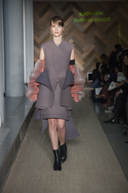 katherine-roberts-wood-royal-college-of-art-2014-womenswear-5