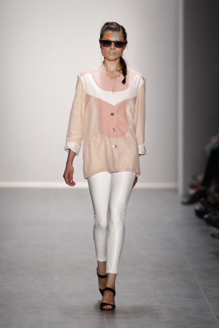 rebekka-ruetz-mercedes-benz-fashion-week-berlin-spring-summer-2015-10