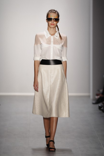rebekka-ruetz-mercedes-benz-fashion-week-berlin-spring-summer-2015-12